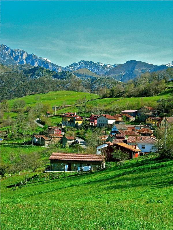 `paisaje picos de europa